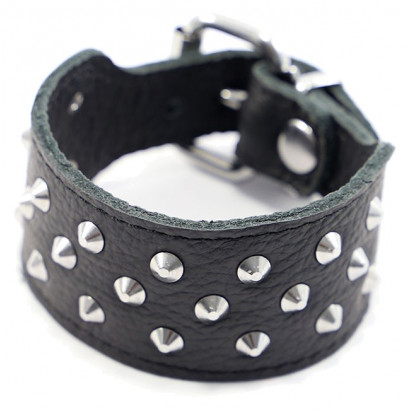 Kiotos Leather Studded Bracelet Triple